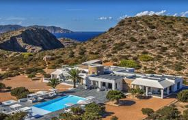 Luxury 5 bedroom villas and houses to rent in Spain. Mediterranean style villa overlooking Ibiza and the sea, on the private island of Tagomago, Balearic Islands, Spain