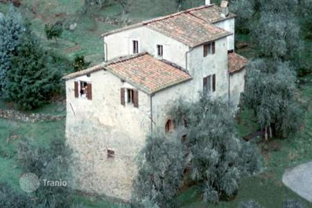 3 bedroom houses for sale in Calci. Villa – Calci, Tuscany, Italy