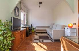 Cheap 3 bedroom apartments for sale in Barcelona. Apartment with 3 bedrooms in the center of Barcelona — district Sants