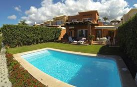 2 bedroom houses for sale in Tenerife. Villa – Santa Cruz de Tenerife, Canary Islands, Spain