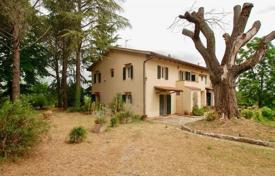 Houses for sale in Pisa. Villa – Pisa, Tuscany, Italy