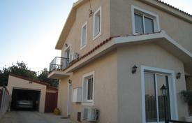Residential for sale in Episkopi. Three Bedroom House