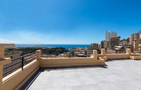 Property for sale in Monaco. Renovated penthouse with a large terrace and panoramic sea view in Monaco