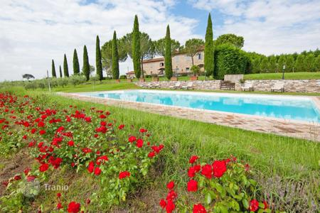 Property for sale in Tuscany. Hotel – Arezzo, Tuscany, Italy