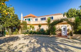 5 bedroom houses for sale in Faro. Tuscan Style 5 Bedroom Villa with Pool in the Algarve Countryside, Loulé