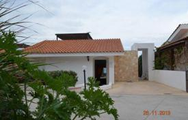 2 bedroom houses for sale in Paphos. 2 Bedroom Bungalow (Beachfront property), Kissonerga
