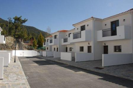 Townhouses for sale in Limassol. Terraced house - Limassol, Cyprus