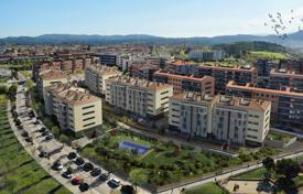 Spacious apartment in a residential complex with a swimming pool, San Cugat del Valles, Spain for 455,000 €