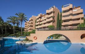 3 bedroom apartments for sale in Costa del Sol. Apartment with three bedrooms and two bathrooms in El Vicario, La Mairena, East Marbella