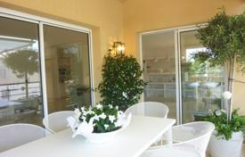 Cheap 2 bedroom apartments for sale in L'Isle-sur-la-Sorgue. L'Isle-sur-la-Sorgue — Superb apartment