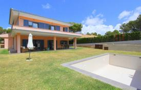 6 bedroom houses for sale in Balearic Islands. Villa – Santa Ponsa, Balearic Islands, Spain