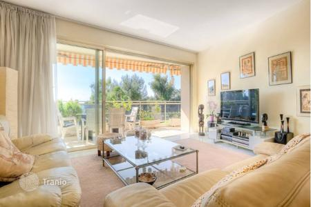 Coastal property for sale in Antibes. Apartment - Antibes, Côte d'Azur (French Riviera), France