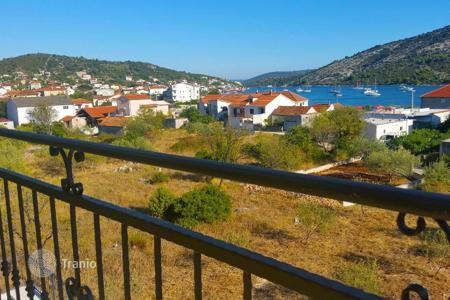 Commercial property for sale in Croatia. House with apartments