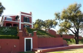 Luxury houses for sale in Torremolinos. Luxury villa with a terrace, a swimming pool, a garden, a parking and sea and mountain views, in a quiet area, Torremolinos, Spain