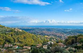 Development land for sale in France. Vence — Plot in peaceful area