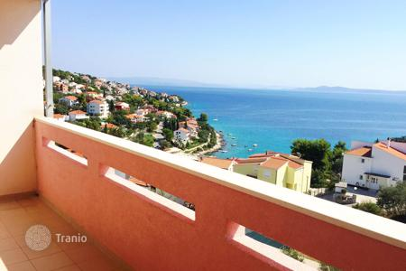 Cheap 1 bedroom apartments for sale in Žedno. Apartment with panoramic sea views on the island Ciovo, Croatia