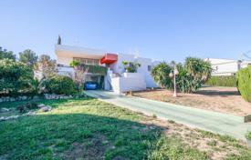Property for sale in Chiva. Villa – Chiva, Valencia, Spain