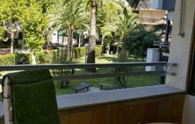 Residential for sale in Costa Dorada. Three bedroom apartment with a large terrace 200 meters from the beach in Salou, Costa Dorada
