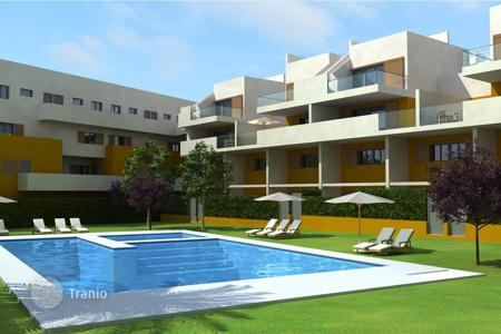 Apartments with pools for sale in Mutxamel. Apartment of 3 bedrooms with communal pool and views to the sea in Alameda del Mar