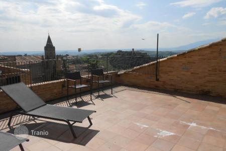 Apartments for sale in Abruzzo. 3 Bedroom Apartment in Penne. Italy
