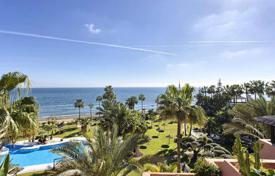 Luxury 3 bedroom apartments for sale in Marbella. Beachfront Penthouse within the 5-star Hotel Kempinski