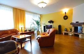Townhouses for sale in Praha 5. Terraced house – Praha 5, Prague, Czech Republic