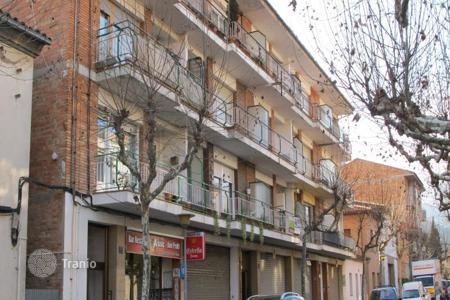 Cheap residential for sale in Tona. Apartment – Tona, Catalonia, Spain