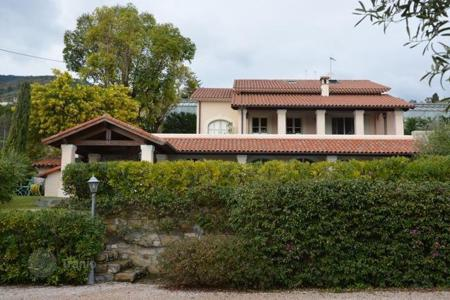 Luxury houses for sale in Sanremo. Beautiful villa in Provence style in San Remo, Italy
