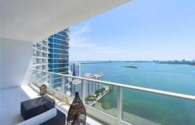 Apartment with views of Biscayne Bay and Miami Beach, in a building with a swimming pool and spa, 70 meters from the beach, Edgewater, Miami for $680,000