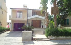 Coastal residential for sale in Yeroskipou. Five bedroom detached house in Yeroskipou Paphos
