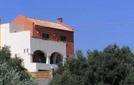 4 bedroom houses by the sea for sale in Crete. Detached house – Crete, Greece