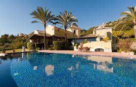 4 bedroom houses for sale in Costa del Sol. Outstanding Rustic Style Villa in La Zagaleta Country Club, Benahavis