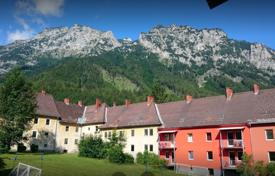 Property for sale in Steiermark. Four-apartment house for rent in mountains