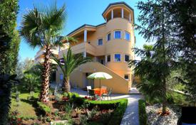 Residential for sale in Zadar County. Charming Apartment Villa in Zadar