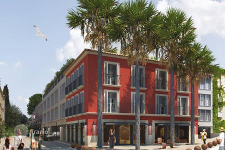 "Cheap 1 bedroom apartments for sale in Saint-Tropez. Saint-Tropez — City center — ""BREEZE"" — Luxury apartments"