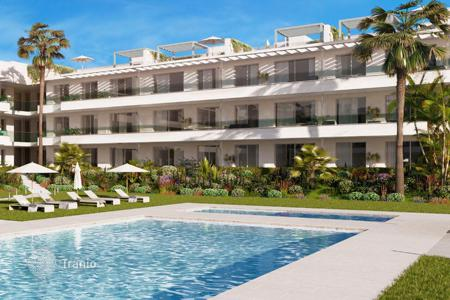 3 bedroom apartments for sale in Estepona. Apartment for sale in New Golden Mile, Estepona