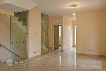 2 bedroom apartments by the sea for sale in Lucca. Apartment – Viareggio, Lucca, Tuscany, Italy