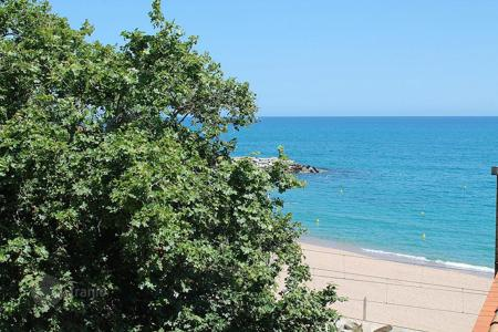 Apartments for sale in Sant Pol de Mar. Apartment – Sant Pol de Mar, Catalonia, Spain