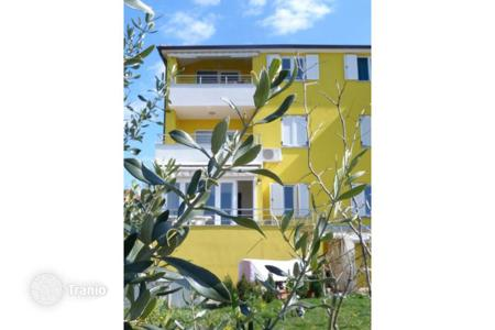 Apartments for sale in Fažana. Istra Fažana surrounding Beautiful apartment with spacious garden