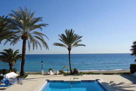 3 bedroom villas and houses to rent in Andalusia. Villa Diego Polo Jr, Golden Mile, Marbella
