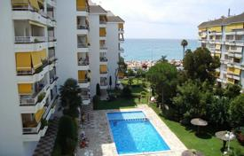 Cheap apartments with pools for sale in Costa Brava. Apartment – Lloret de Mar, Catalonia, Spain