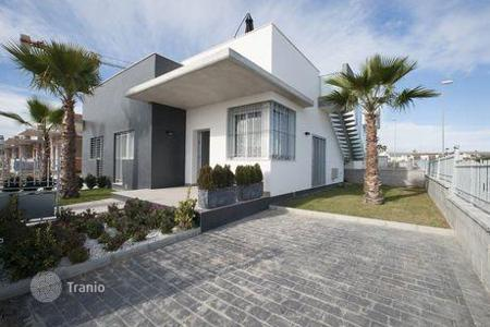 Cheap houses for sale in Valencia. Detached house – Ciudad Quesada, Valencia, Spain