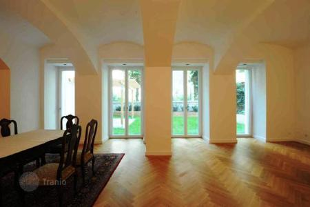 5 bedroom apartments for sale in Vienna. Duplex apartment close to the Central Railway Station in Vienna