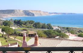 Property for sale in Praia da Luz. Studio Apartment with amazing sea views and superb complex facilities near Luz