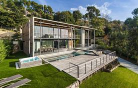 Luxury property for sale in Le Cannet. New villa with a garden, a pool, terraces and views of the sea and the mountains, Le Cannet, France