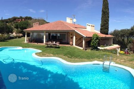 3 bedroom houses for sale in Costa del Maresme. Villa - Sant Andreu de Llavaneres, Catalonia, Spain