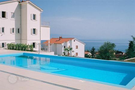 Luxury houses for sale in Opatija. Villa luxuriosly equipt with a swimming pool