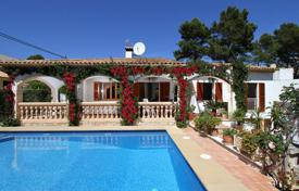 Villas and houses to rent in Cala Sant Vicenç. Villa with fruit garden, swimming pool near the beach in Cala San Vicente, Mallorca, Balearic Islands, Spain