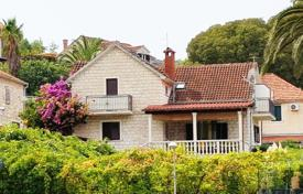 Residential for sale in Splitska. A lovely seafront house for sale Brac, Splitska