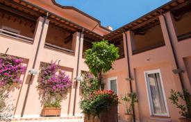 Property for sale in Tuscany. Hotel by the sea in Monte Argentario